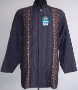 Kami Pabrik Dan Distributor Grosir Baju Koko , Sarung Tenun Dan Sajadah Turki Terlengkap Termurah – Hubungi Kami di Telp:021-42888421 atau Hp.087884761826- 0818752782- Alamat :Ruko Megagrosir ITC Cempaka Mas Blok P.No:11-Jakarta Pusat